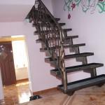 Kute schody z balustradą | Fabro